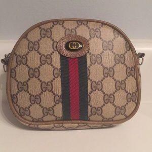 Handbags - Gucci Purse